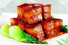 用电饭锅做出来的红烧肉,不加一滴水,好吃不油腻,简单零技术